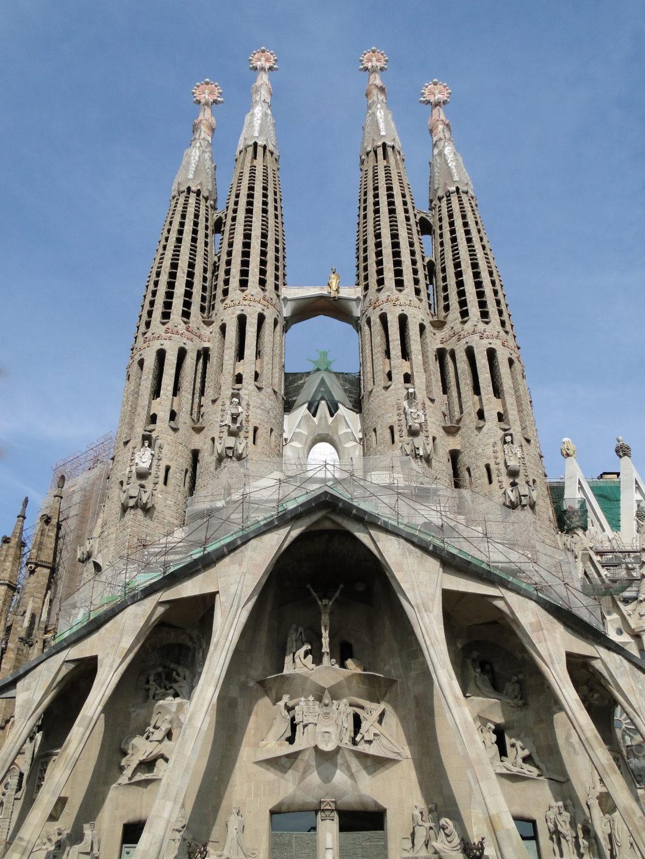 BARCELONA – Sagrada Familia, Camp Nou y más