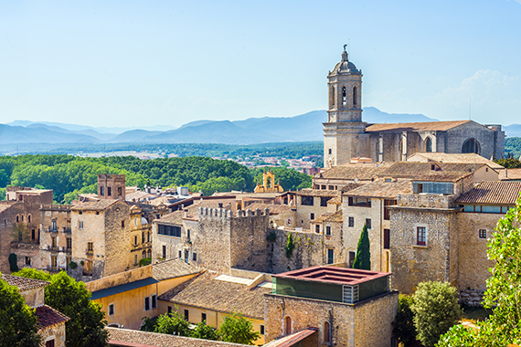 Taxi Palamós i Calonge. Ruta per el call jueu de Girona.