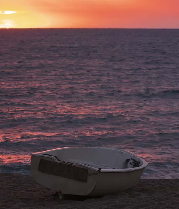 ¿Quieres vistiar las mejores playas de Pals en la Costa Brava? Contacta con Taxi en Palamós